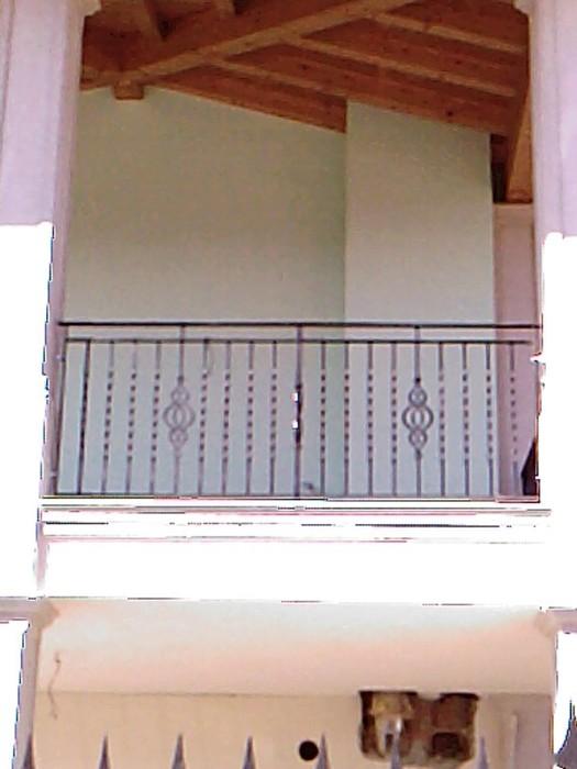 balconi ringhiere in ferro battuto : Ringhiera per esterno in ferro battuto